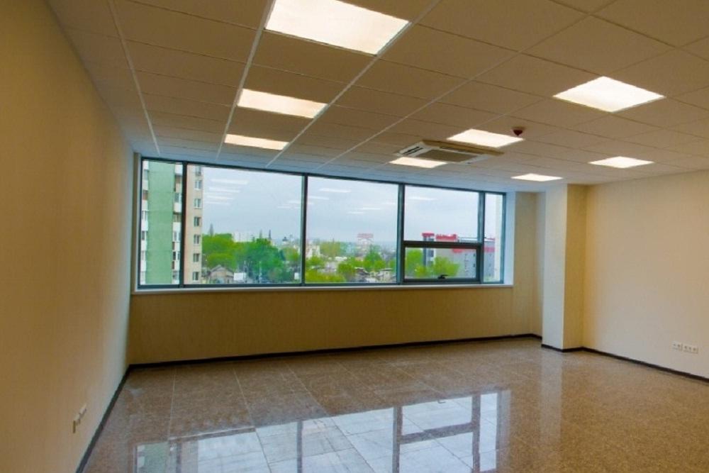 5 th floor